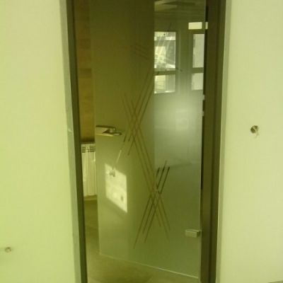 Стъклени и интериорни врати 1